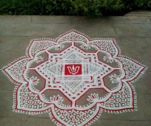 Rangoli: Purattaasi maadhapirappu kolam