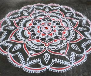 Margazhi  kolam on road-13