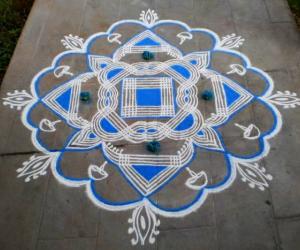 Rangoli: Navrathri day-2