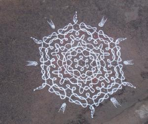 Marghazhi kolam Day 1