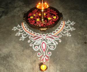Rangoli: Kolam around the lamp