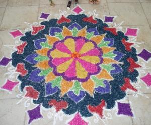rangoli using crystal salt