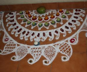 Rangoli: Pickles's day Kolam