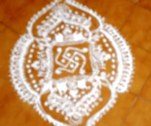 Rangoli: Ist purattasi saturday kolam