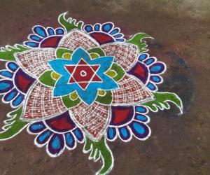 Rangoli: Sri...s...Simple rangoli