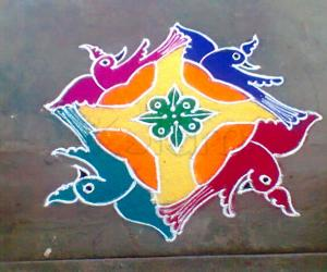 Rangoli: Frolicking birds!