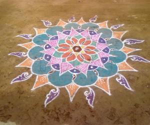 Rangoli: At a festival