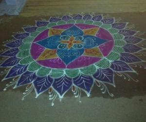 Rangoli: Rangoli for pariyur amman muthu pallaku by my friend