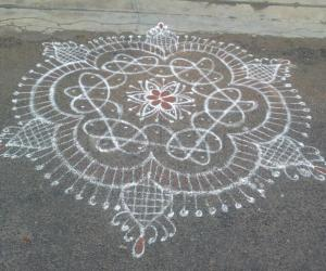 Rangoli from my neighbour for first day of Aadi