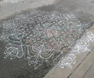 Rangoli: Dotted rangoli of my friend