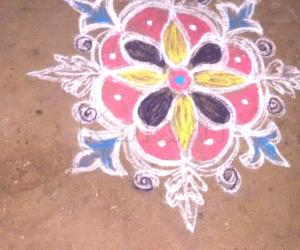 Rangoli: Auspicious Friday Kolam