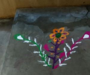 Rangoli: Flower {My Daughter's Rangoli}