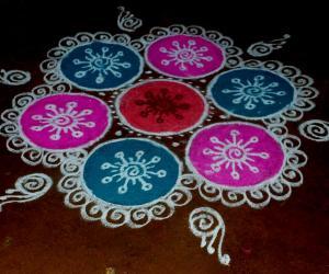 Rangoli: Margazhi kolam 10 - christmas special