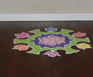Simple Lotus Kolam