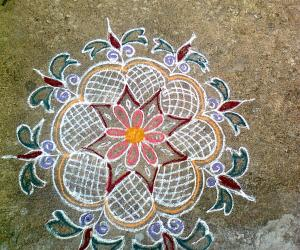 Rangoli: Simple Kolam by my mom