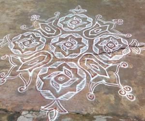 Rangoli: Varamahalakshmi special