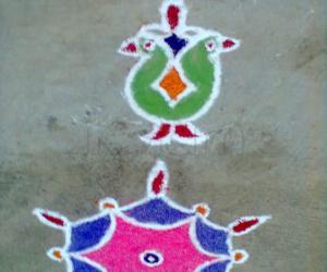 Rangoli: Deepam Kolam