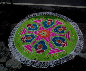 Rangoli: MARGAZHI KOLAM 13-01-2017