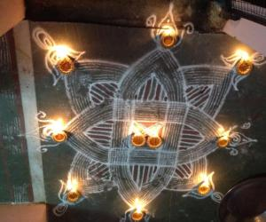 Rangoli: Traditional Padi Kolam