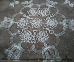 Star Kolam with vilakku