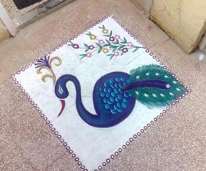Rangoli: National bird on Diwali