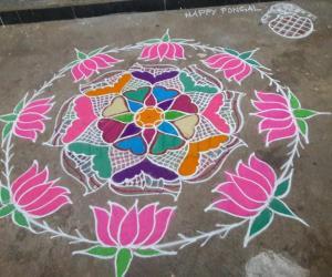 Rangoli: Free hand Rangoli for pongal