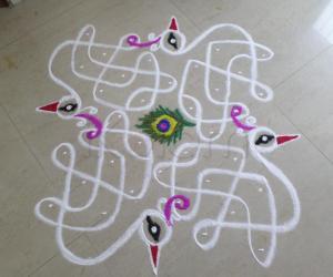 Rangoli: WHITE PEACOCKS--THANKS TO VARUNA DEVA