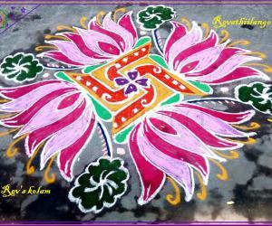 Rangoli: Rev's margazhi kolam 7.