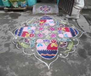 Rangoli: Pair of chicks rangoli