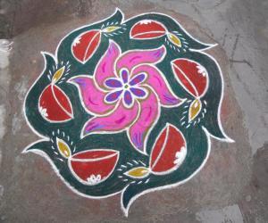 Rangoli: markazhi kolam