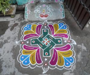 Rangoli: Swasthik kolam