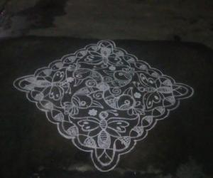 Rangoli: Rev's new  kolam creation.
