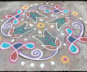 Rangoli: Rev's daily kolam with chikku 77.