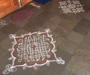 Neighborhood kolam