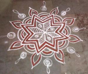 Rangoli: Star Padikolam