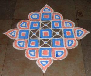 Rangoli: Navarathiri kolam