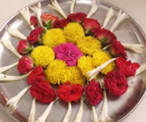 Rangoli: Poololam for navarathiri