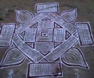 Rangoli: easy padi kolam