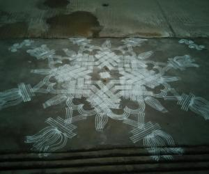 Rangoli: Friday Padi kolam