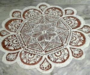 Rangoli: freehand rangoli with rice flour and kavi from my margazhi kolams
