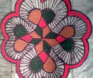 Rangoli: Beginner's freehand rangoli with colours
