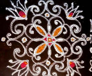 Rangoli: Small padi  kolam  in my Pooja  slab