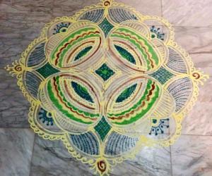 Day 4 Navarathiri Padi Kolam with rice batter and green colour