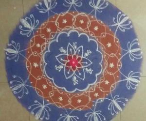 Sanskar Bharthi Rangoli / Freehand Rangoli with recycled colours