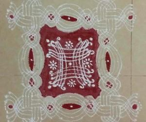 Rangoli: Aadi Amavasyai/ Aadi Perukku/ Aadi Sevvai paDi kolam