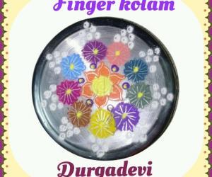Rangoli: Finger kolam