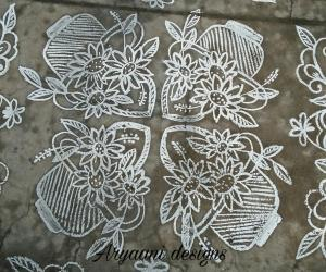Rangoli: Simple flower baskets.....