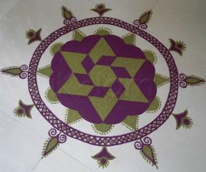 Rangoli: Aadi Kolam-7