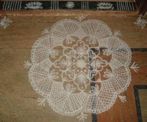 White Kolam