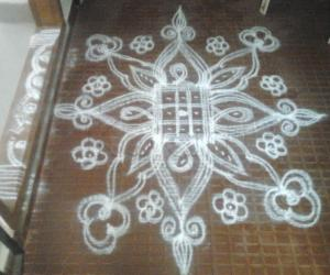 Rangoli: Kolam for grahapravesam function